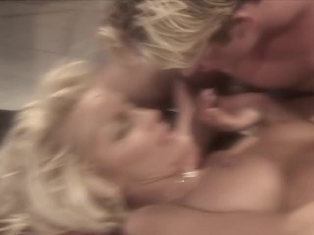 [Jill Kelly Productions] Blonde On Blonde - T.J. Hart (DP)/(2M1F)