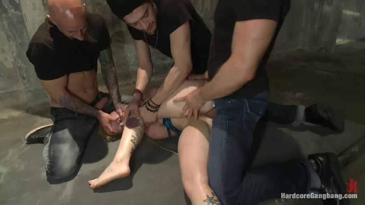 [HardcoreGangbang / Kink] Tied up and Taken Down - Sasha Knox (GangBang)/(Rough)