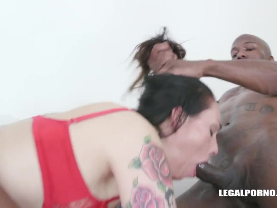 Love anal fisting and fucking Part 2 (LegalPorno) Screenshot 1