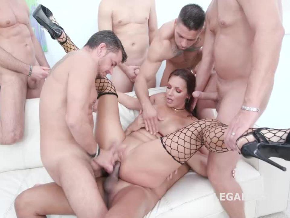 Creampie and Swallow Gangbang, Balls Deep Anal, Gapes, DAP, Squirting, Creampie, Swallow (LegalPorno) Screenshot 4