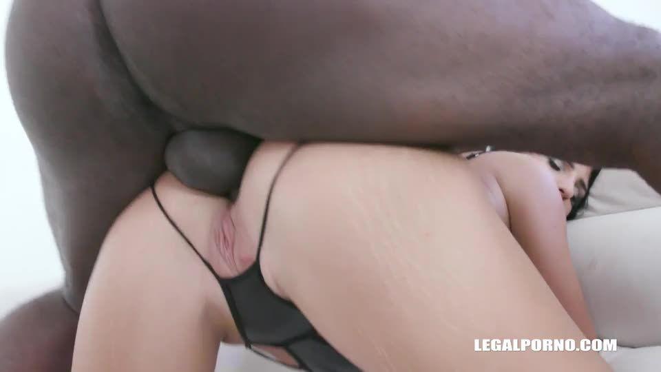 comes to enjoy black feeling (LegalPorno) Screenshot 6