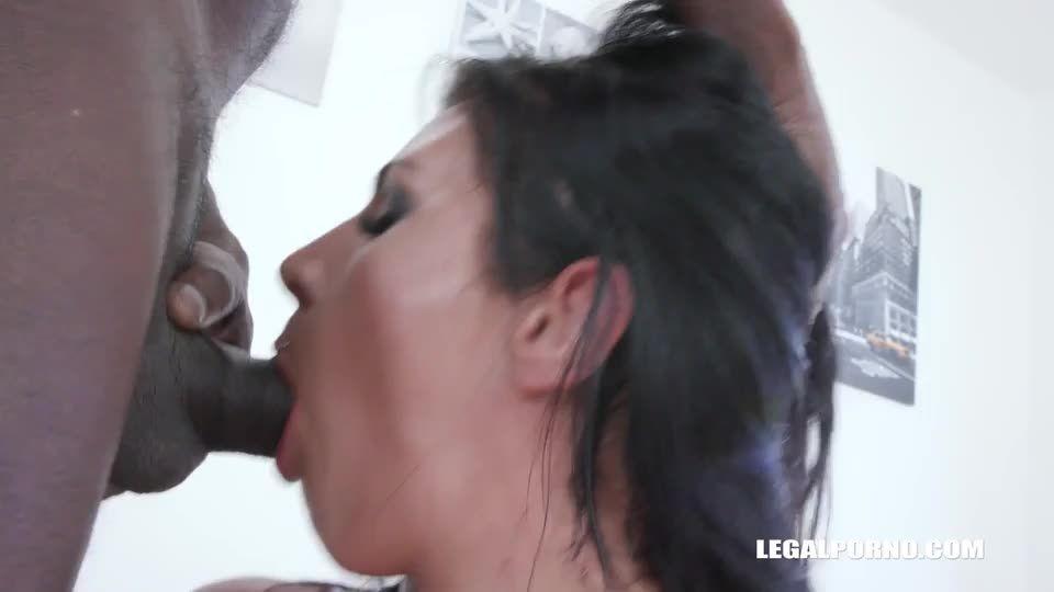 comes to enjoy black feeling (LegalPorno) Screenshot 9