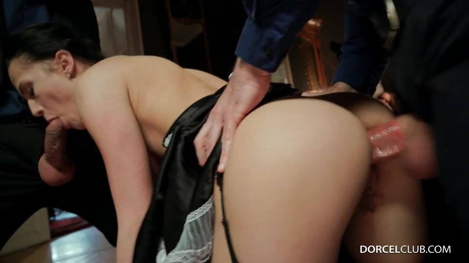 [DorcelClub] The rich housewifes orders - Blue Angel, Nicole Love (DP)/(2M2F)
