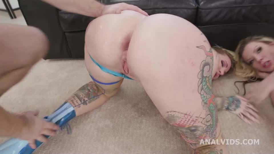 Wet UK Supersults #1, with DAP, Gapes, Buttrose, Pee Drink, Squirting and Creampie (LegalPorno) Screenshot 8