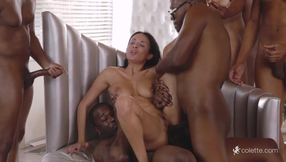 [Colette] Gets Her Interracial Christmas Gang Bang Wish - Anissa Kate (GangBang)/(Natural Tits)