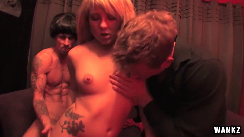True Blood Porn Parody (Wankz) Screenshot 1