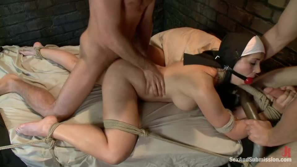 Sins Of Sister Summers (SexAndSubmission / Kink) Screenshot 4