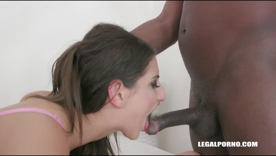 Kinky pissing (LegalPorno) Screenshot 6