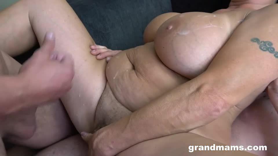 DP Creampie With A Mature Slut (GrandMams) Screenshot 9