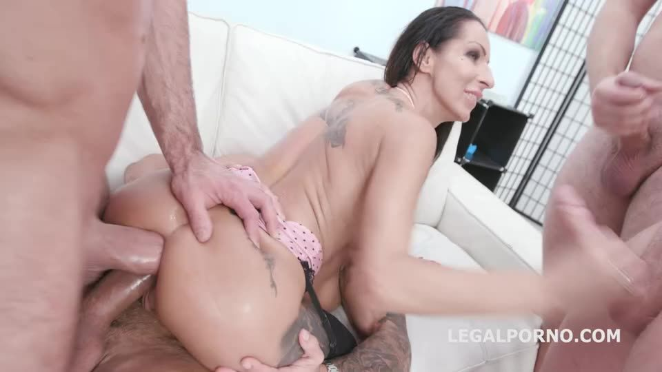 [LegalPorno] Fucking Wet Beer Festival, Balls Deep Anal, DAP, Buttrose, Gapes, Pee Drink and Facial - Valentina Sierra (GangBang)/(Brunette)