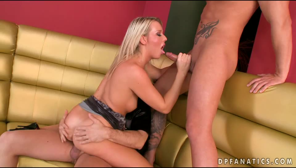 [DPFanatics / 21Sextury] DP in the bar! / 6230 - Kitty Cat (DP)/(Natural Tits)