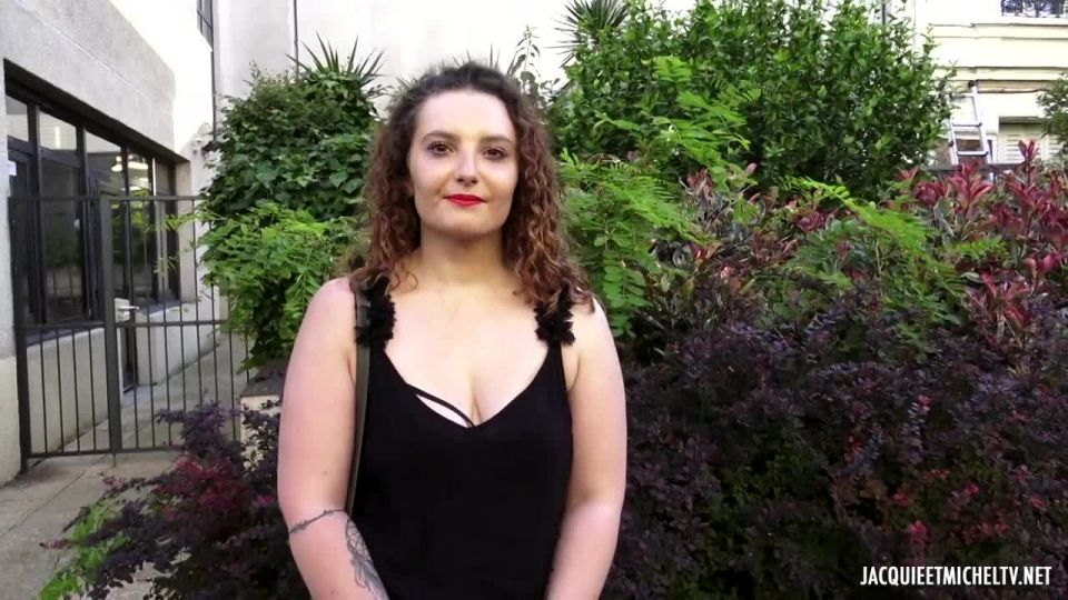 Camille, 22, Deep In Lust! (JacquieEtMichelTV / Indecentes-Voisines) Screenshot 9