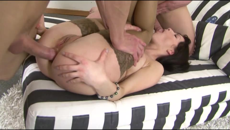 [LegalPorno / Gonzo] GG Exclusive Anal 467 Lina double anal - Lina Love (DAP)/(2M1F)