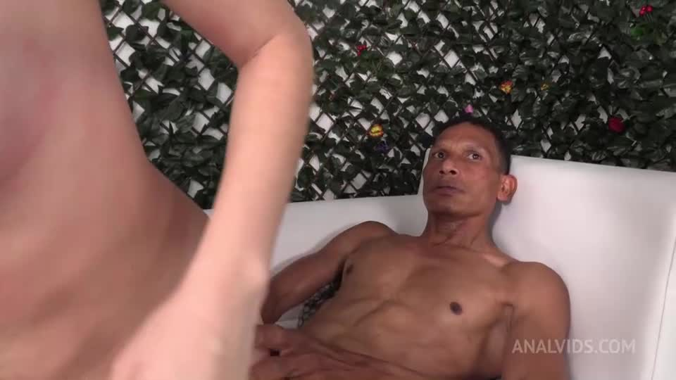 [LegalPorno / AnalVids] First time double penetration NT052 - Yenifer CHP (DP)/(Piersing)