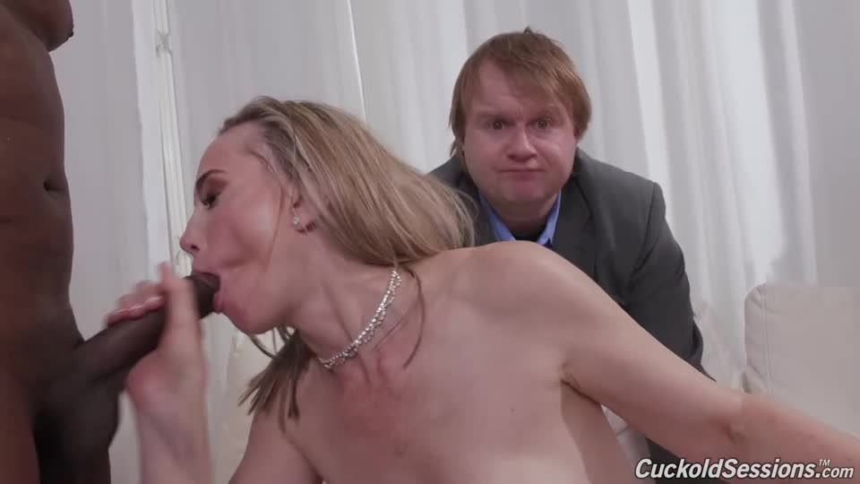 Double Penentration (CuckoldSessions / DogFartNetwork) Screenshot 8