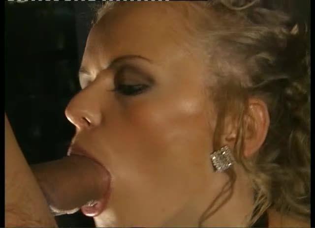 Euro Sluts 4: Caos / Cinéma à l'italienne (H2 Video / ATV) Screenshot 2