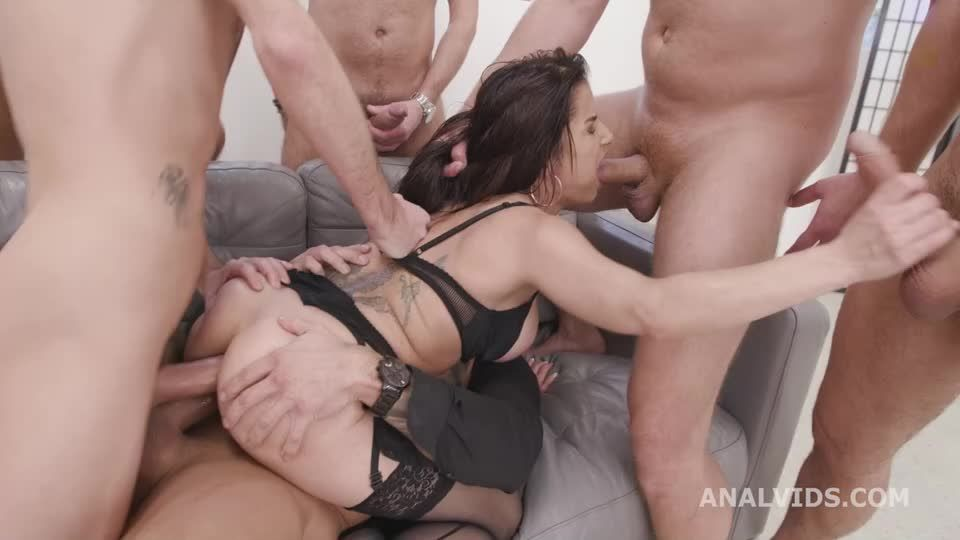 Double Anal Gangbang goes wet with, Balls Deep Anal, DAP, Pee Drink, Gapes and Swallow (LegalPorno / AnalVids) Screenshot 3