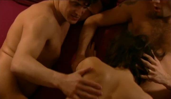 En Toute Intimité / Intimacy (Marc Dorcel) Screenshot 4