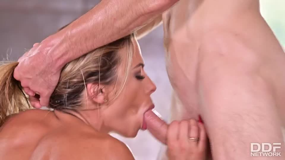 [HandsOnHardcore / DDFNetwork / PornWorld] Sliding Between And Riding Two Shafts - Shalina Devine (DP)/(Big Tits)