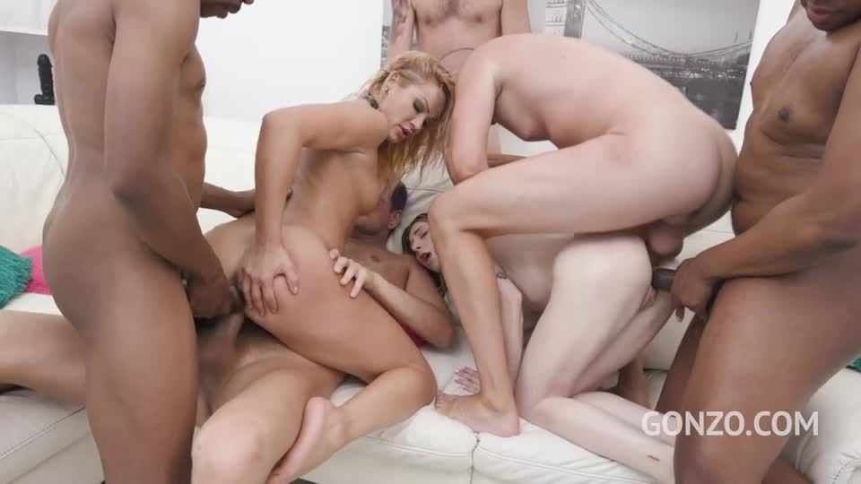 Insane anal pissing party with 6 guys (LegalPorno / AnalVids / Gonzo) Screenshot 5