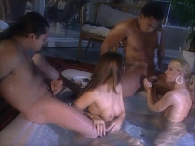 Private Movies 17: Taste of Pleasure - Maria Bellucci, Liliana Ferri (DP)/(2M2F)