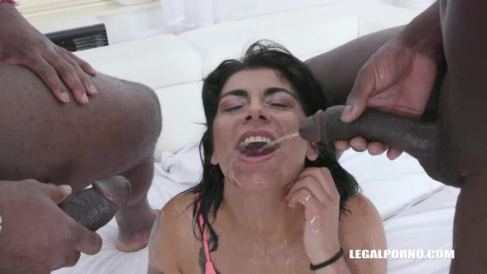 Discovers African Champagne (LegalPorno) Screenshot 3