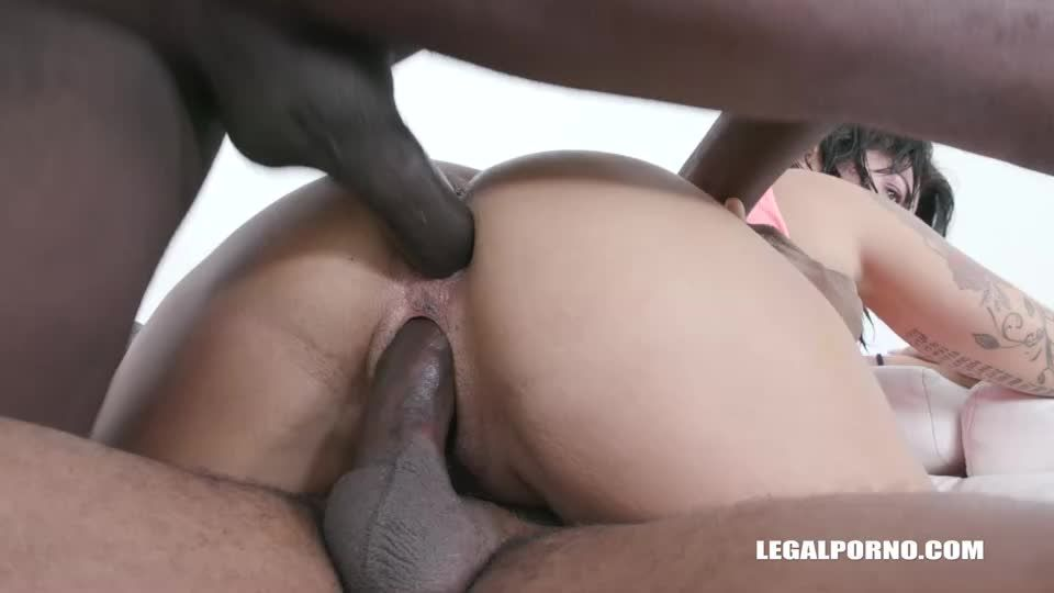 Discovers African Champagne (LegalPorno) Screenshot 7