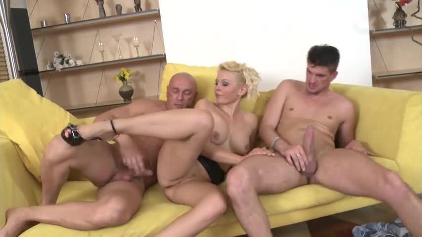 Horny Fuckers Next Door (CreamHD) Screenshot 8