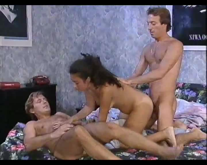 [Video Teresa Orlowski] French Pussys 3 - Sandrine Van Herpe (DP)/(Brunette)