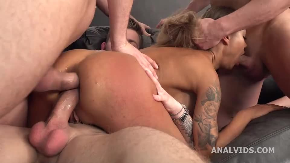 Goes Rough and wet, Balls Deep Anal, DAP, Pee Drink, Buttrose and Swallow (LegalPorno / AnalVids) Screenshot 3