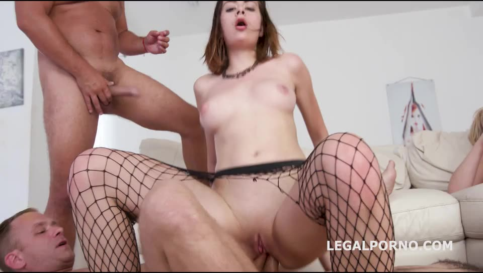 Fuck & Squirt, Anal, DAP, Squirt, Prolapse Licking, Creampie To swallow GL017 (LegalPorno) Screenshot 9
