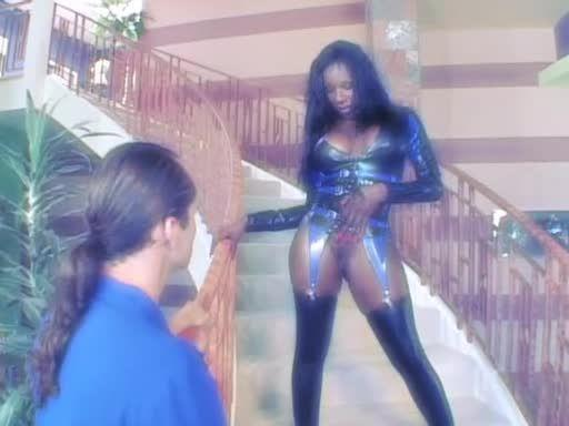 Anal Divas In Latex 2 (Heatwave) Screenshot 0