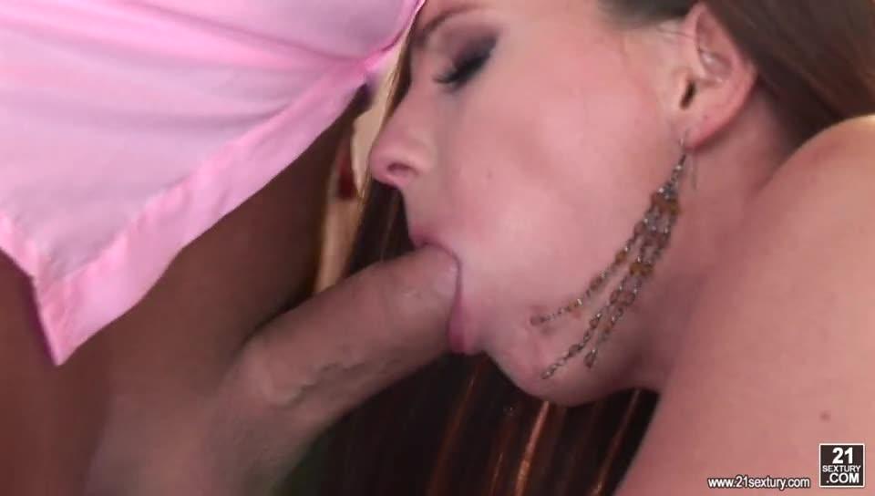 [DPOverload / 21Sextury] Evelyne's DP Seduction – Evelyne Foxy (DP)/(Stockings)