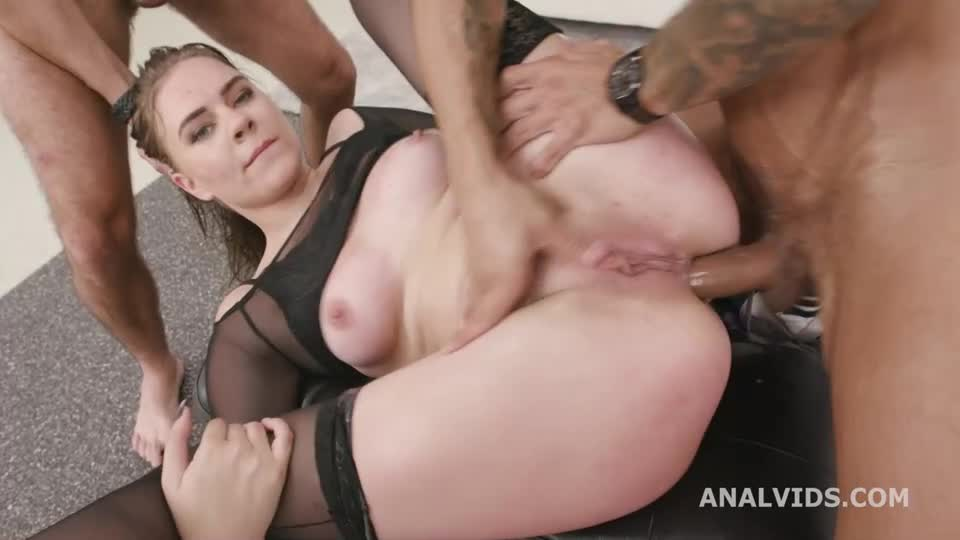 [LegalPorno / AnalVids] DAP Destination goes Wet, Balls Deep Anal, First DAP, Gapes, Pee Drink and Swallow - Keira Flow (DAP)/(High Heels)