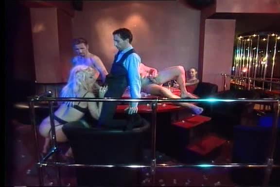 [Multi Media Verlag] Die Versaute Chefin / La Directrice est une nympho, Orgy - Marlinda Branco (DP)/(Blonde)