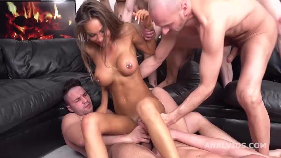 Balls Deep DAP, Anal Gangbang with Balls Deep Anal, Buttrose and Swallow (LegalPorno / AnalVids) Screenshot 4