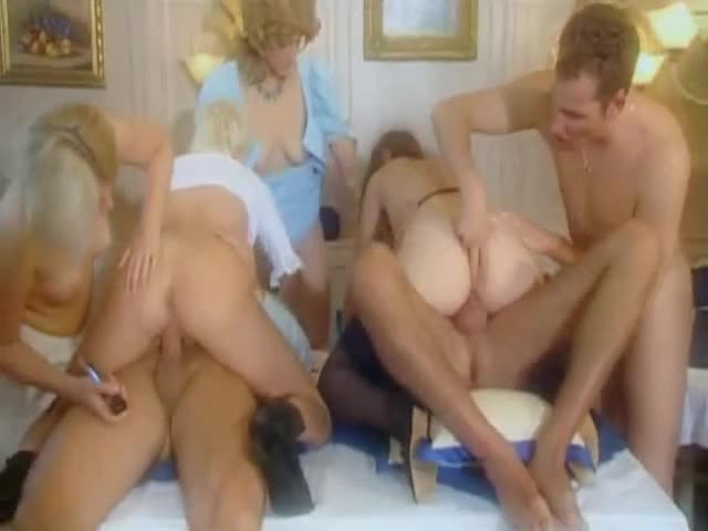 [Herzog Video] Pornogrüße aus der Lederhose - Agnesia Cortez, Sarah Rose, Anna Belle (Orgy)/(Brunette)