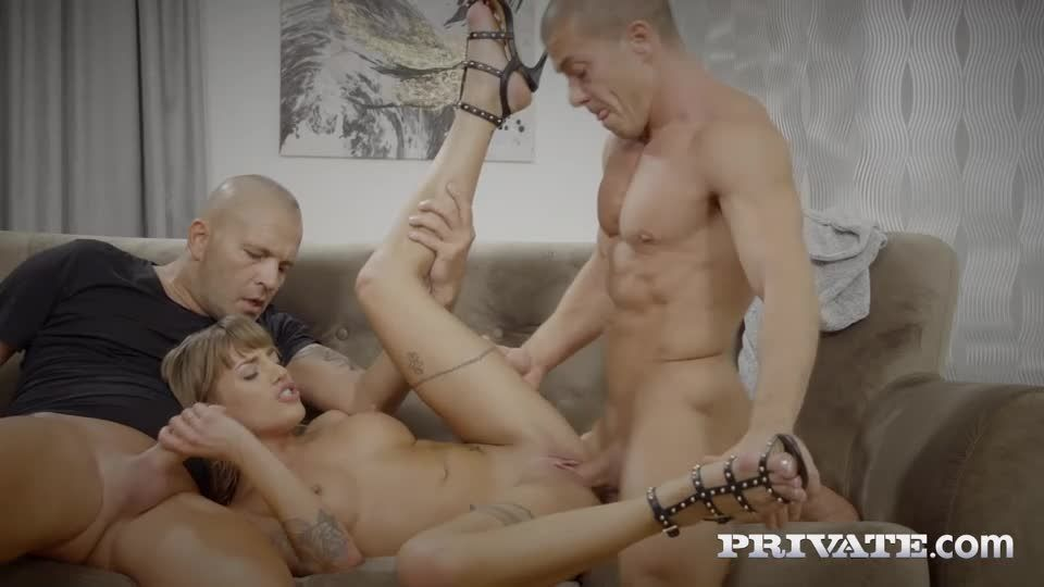 Fucks The Police In DP Threesome (AnalIntroductions / Private) Screenshot 4