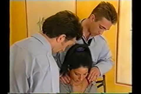 Teeny Exzesse 47: Junge Stuten, Gut Belastbar (Videorama) Screenshot 0