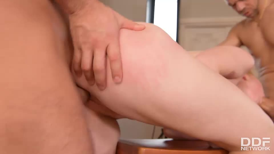 [HandsOnHardcore / DDFNetwork] Three Holes To Fuck - Misha Cross (DP)/(Blonde)
