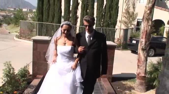 Wedding Bells Gang Bang (Robert Hill Releasing) Screenshot 5