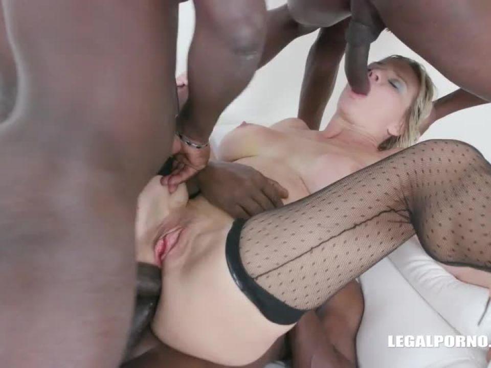 Enjoys black cocks and black champagne (LegalPorno) Screenshot 0