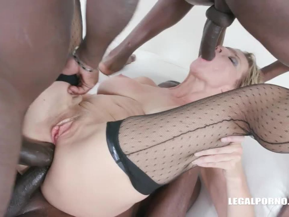 Enjoys black cocks and black champagne (LegalPorno) Screenshot 8