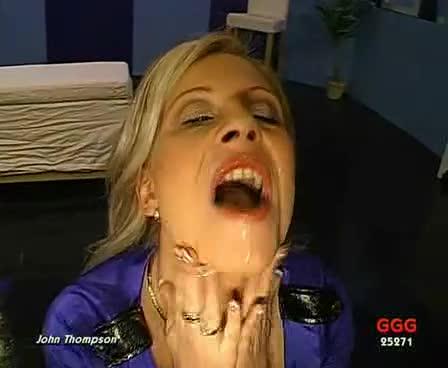 [GGG] Titten Im Spermagluck - Melanie Moon (GangBang)/(High Heels)