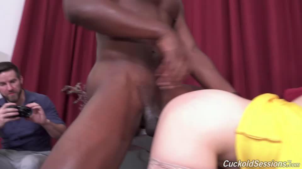 Two Big Black Cock (CuckoldSessions / DogFartNetwork) Screenshot 3