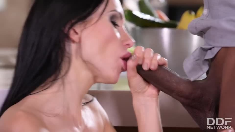 Blue-Eyed Babe Gets Both Her Drains Scoured Out By Well-Endowed Black Plumbers (HandsOnHardcore / PornWorld) Screenshot 3