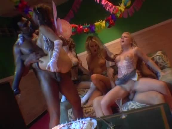 [IFG / Marc Dorcel] Hot Rats 2 / Outrages – Melissa Black, Sonia Baby, Anastasia Mayo (Orgy)/(Brunette)