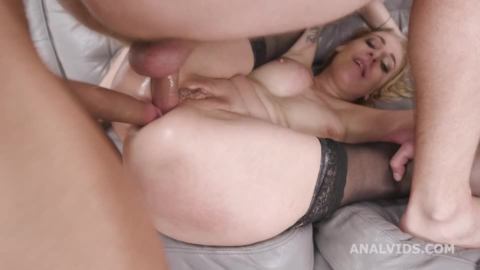 Over and Wet, Balls Deep Anal, Pee Drink, First DAP and Swallow (LegalPorno / AnalVids) Screenshot 7