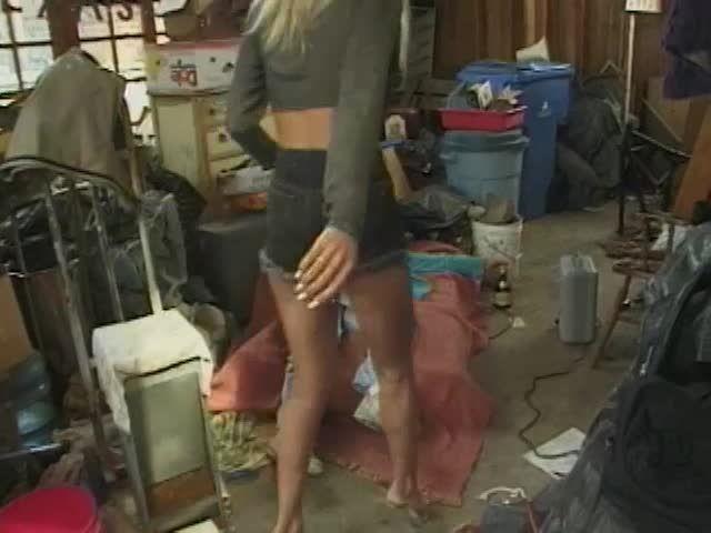 White Trash Whore 16, scene 1 (JM Productions) Screenshot 0