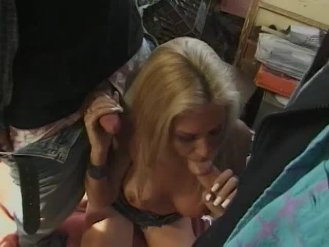 White Trash Whore 16, scene 1 (JM Productions) Screenshot 3